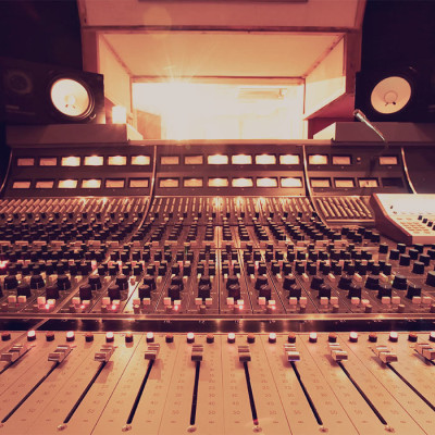 Neve-8058-front